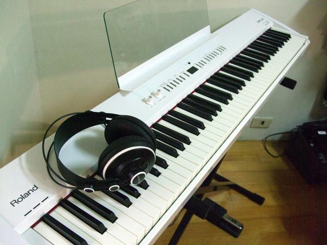 Roland FP-4F 電鋼琴 / 白色電鋼琴